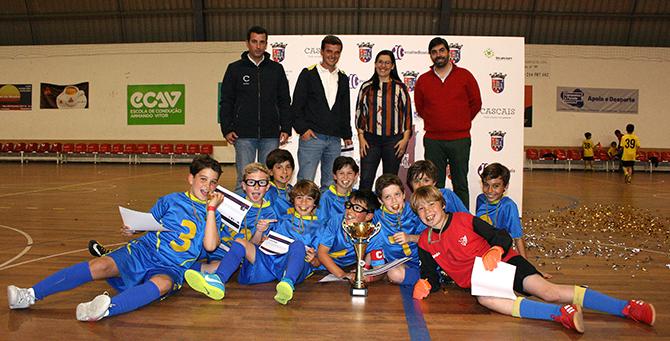 "Fundação Salesianos vence ""Cascais Futsal Cup""(T) f9af3ec1d4fe3"